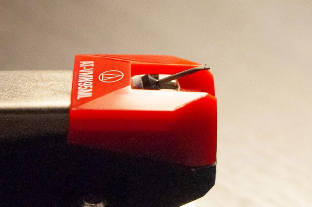 Microline stylus on an Audio Technica AT-VM95ML phono cartrridge